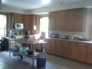 This kitchen was AMAZING!! :)